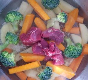 Preparando la comida de varios días para el bebé